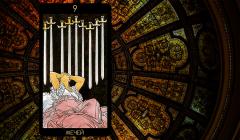 Значение карты Таро «Девятка Мечей»